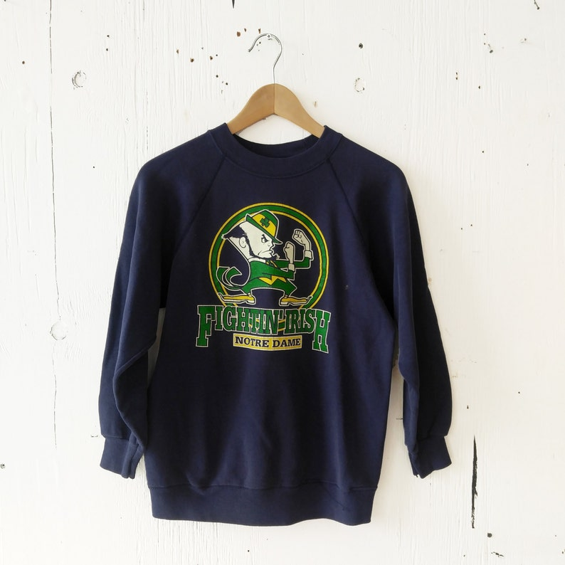 f0eb703633c36 Vintage Notre Dame Fighting Irish Sweatshirt