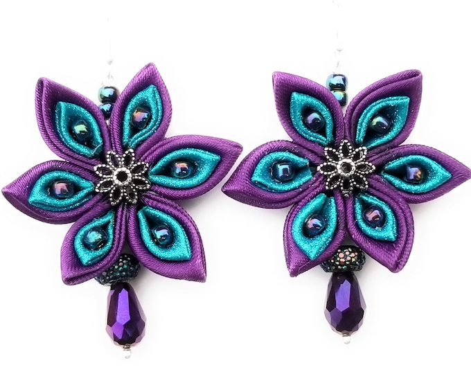 Featured listing image: Teal and Purple Flower Beaded Earrings