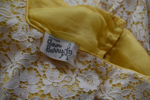 60's mini dress in yellow with cream lace | Women… - image 8
