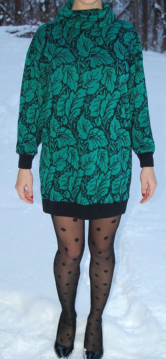 Maximalist jungle fever dress   Green & black trop