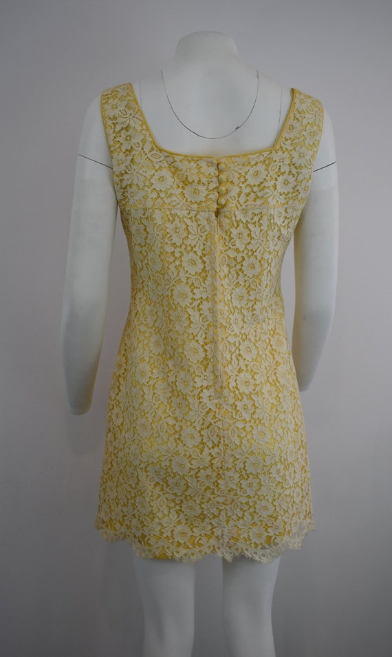60's mini dress in yellow with cream lace | Women… - image 3