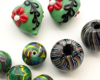 8 Vintage Lampwork Glass Bead Lot, Size Shape Color Mix, Heart Floral Flower Swirl, Green Red Black Yellow Maroon Blue, Large Hole Bead