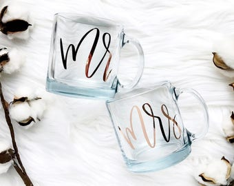 Mr & Mrs Coffee Mug | Custom Coffee Mug | Wedding Gift | Newlyweds Gift | Engagement Gift | Couples Gift | Bridal Shower Gift |Gift