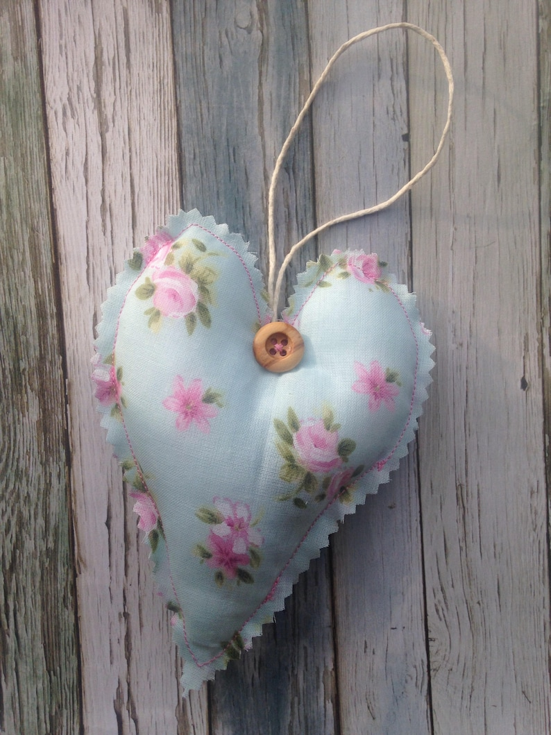 Shabby Chic flowery Metal Hanging Heart Home Decoration