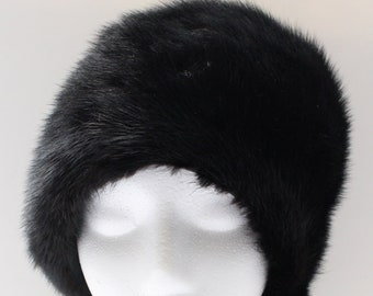 Vintage Signed Adolfo II Genuine Black Fur Cloche Hat 7e21f6199ce