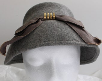 Vintage Gray Wool Hat with Taupe Ribbon Very Small- Size 20