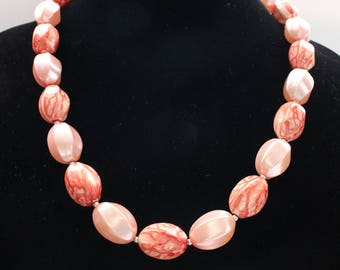 UNN # 14 Vintage Large Coral Oblong Bead Necklace Marked Hong Kong