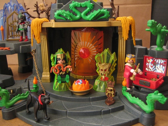 country magic-foyer doé with flames temple 3841 Playmobil h179