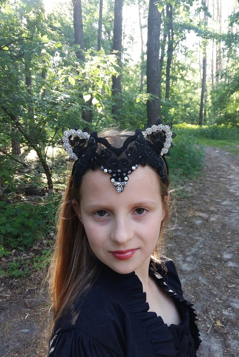 Evil Queen Lace Crown with Cat EarsBlack Lace  17fd47ccd47