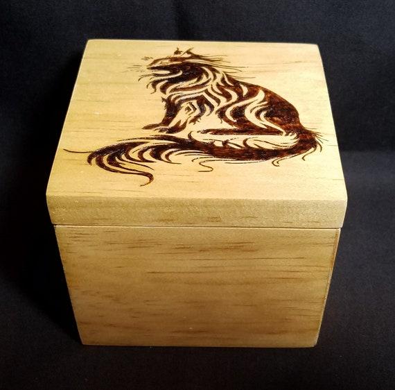 Wood Burned Wood Trinket Box Rustic Keepsake Jewelry Pyrographic Engraved by hand by Lynn CAT KITTEN FACE Ln477