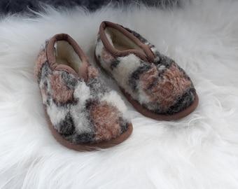Mix Eco Womens / Mens Merino Pure Sheeps Wool Slippers - Sheepskin Slippers - Non Slip Sole - Christmas & Birthday Gift