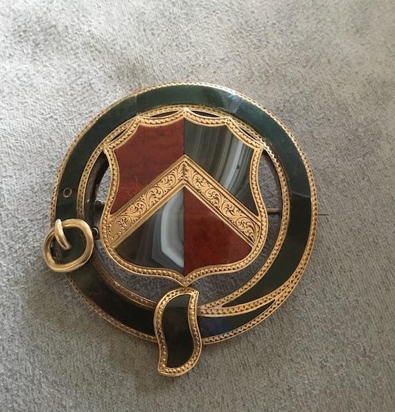 Large Scottish clan brooch, Scottish brooch, famil