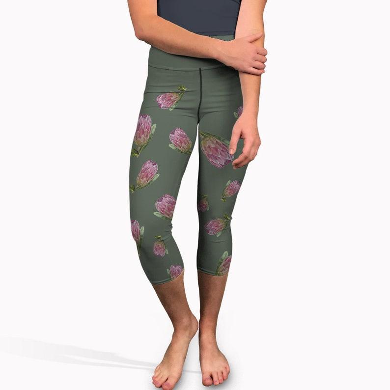 419f639751 Flower pattern yoga capris. High waisted short yoga pants | Etsy
