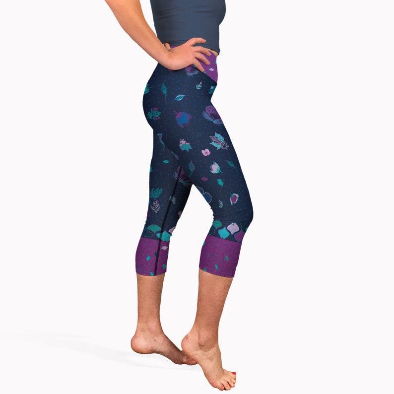 1b7cc286df9ea1 Navy blue batik print yoga capris. High waisted short yoga | Etsy