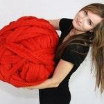 Chunky yarn. Giant knitting. Bulky yarn. Chunky merino wool knit yarn. DIY Arm knitting yarn. High quality merino wool, Thick yarn. DIY Gift