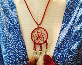 Necklace with pendant. Leather necklace with Atrapasueño. Adjustable Collar