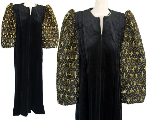 Theatrical Vintage Black Velvet Dress, Huge Poof S