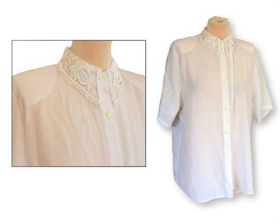 Spitze Blume weißes Hemd