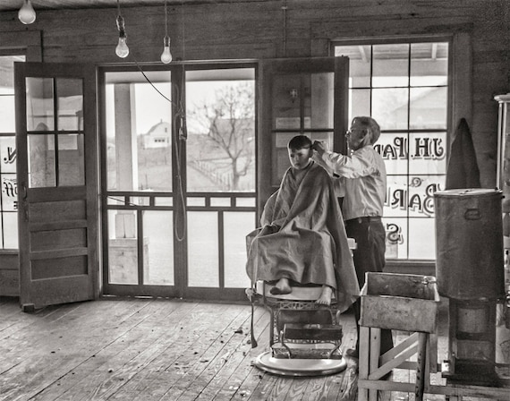 Coiffure styliste photo barber shop decor coupe de cheveux for Barber shop coupe de cheveux