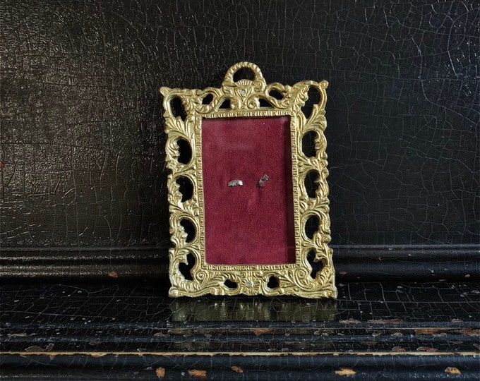 Vintage Brass Frame | Ornate Picture Frame | Small | 5.5""