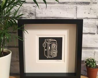 Appareil photo Rolleiflex linogravure / / Original Print / / Vintage Camera / / art de mur / / Illustration
