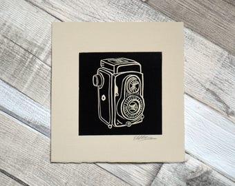 Appareil photo Rolleiflex linogravure / / Original Print / / Vintage Camera / / Art mural / / Illustration