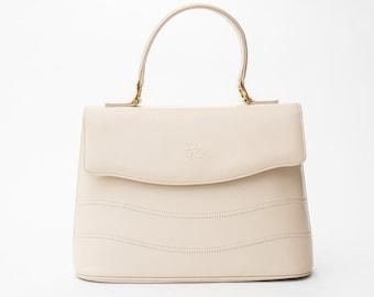 1980s Pierre Balmain light beige leather handbag