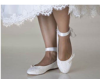 574a0dc0c39a Women s Ivory Satin   Lace With Round Toe Flat Wedding BridalFlat Shoes