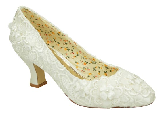73839e84e31 Ivory Lace with Flower Detail Mid Heel Bridal Weddings Courts