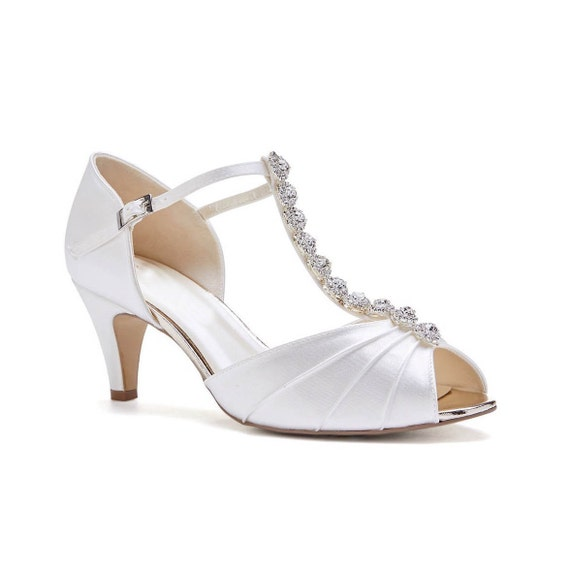 WHITE JEWELS T BAR ANKLE STRAP BUCKLE PEEP TOE LOW WEDGE  SANDALS SIZE 6//39