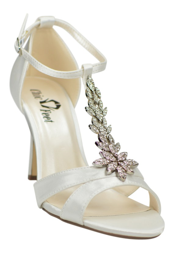 Ivory Satin Vintage Inspired Diamante Embellishment T Bar Wedding Bridal Peep Mid Heel Sandals Shoes
