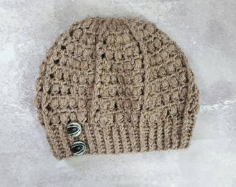 Slouchy Beret hat, brown, with buttons
