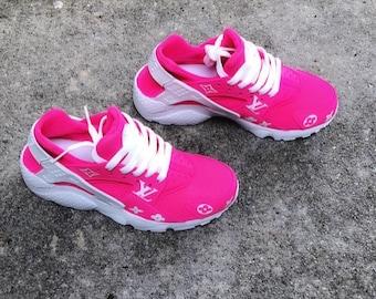 c364466fdfa8f Fuchsia Pink Designer Inspired Nike Huarache Customs