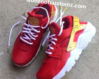 7b85a126a04dd3 CrimsonNGold Nike Huarache Custom (Unisex)