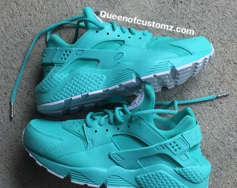 dcc584327275f6 Teal blue and white Nike huarache custom