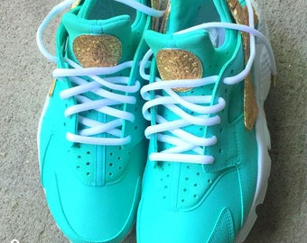 8652f988b80657 Gold N Turquoise Nike Huarache Custom Unisex