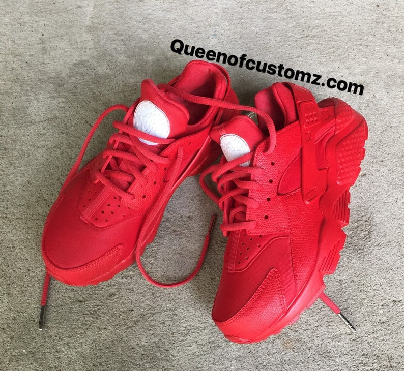 ec249ea6f3f4 Fire Red Nike huaraches custom