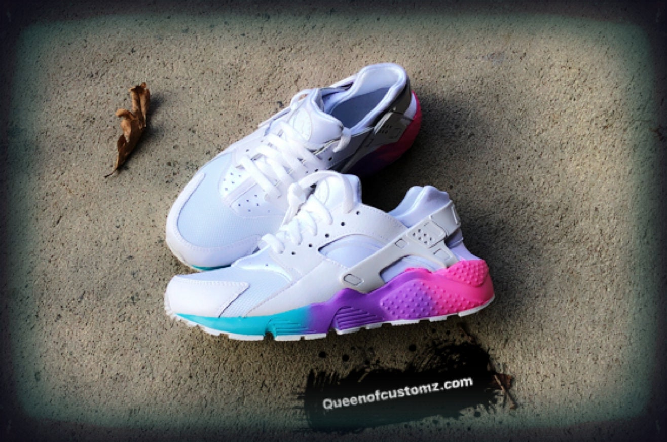 finest selection ae4e5 ed376 Unicorn Nike Huaraches Custom. 1
