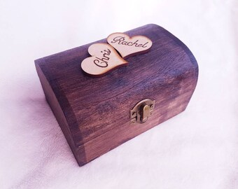 Couple's keepsake box, rustic wood decor, wedding present, lined wooden chest, personalised memory box, anniversary gift, gift for couple