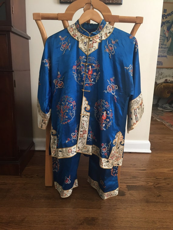Gorgeous Blue 1930s Chinese Silk Embroidered Pajam