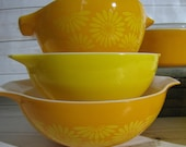 Vintage Pyrex Orange Yellow Daisy Sunflower 3 Cinderella Mixing Bowls 442 443 444 Casserole Dish w Glass Lid 474-B RETRO Country Kitchen