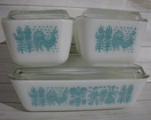 Vintage Pyrex Amish Butterprint Refrigerator Dish Set w Glass Lid Blue White Casserole Brownie Baking Pan 501 502 503 Country Kitchen