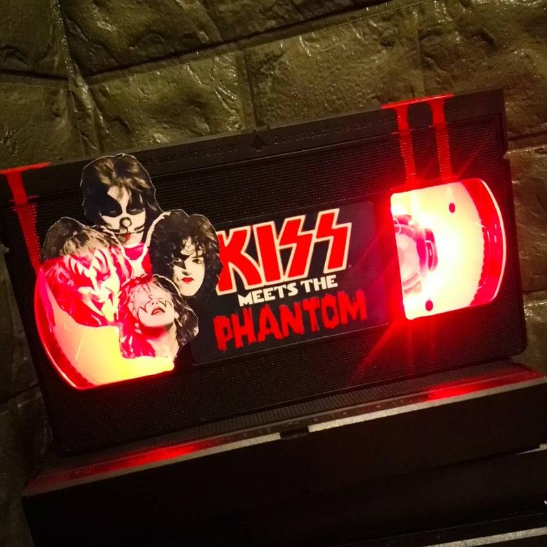 Retro VHS Lamp Hellraiser Night Light Table Lamp Great Birthday Gift Horror 80s Movie Wedding Table Decor Man Cave Order any movie