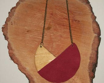 Necklace wood and • Wood and leather necklace