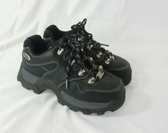 89447b945a71f Vintage Skechers Black Leather Chunky Platform Shoes Hiking Jammers Size 7.5