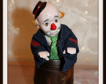 Vintage Clown In A Barrel Music Box, Clown Music Box, Drunk Clown Music Box, Show Me The Way To Go Home, Wind-Up Music Box, Unique Clown