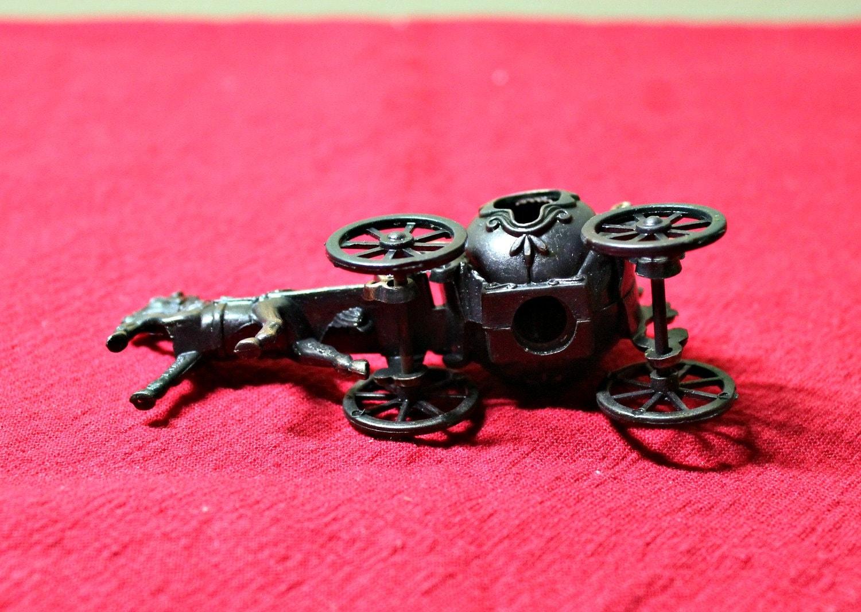 Metal Cinderella Pumpkin Horse/&Carriage Miniature Die Cast Toy Pencil Sharpener