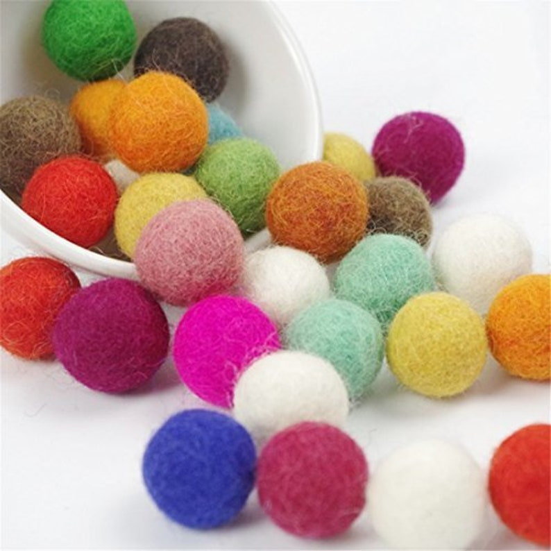 Christmas decoration Choose Color pom Pom felt balls Jewelry making beads supply