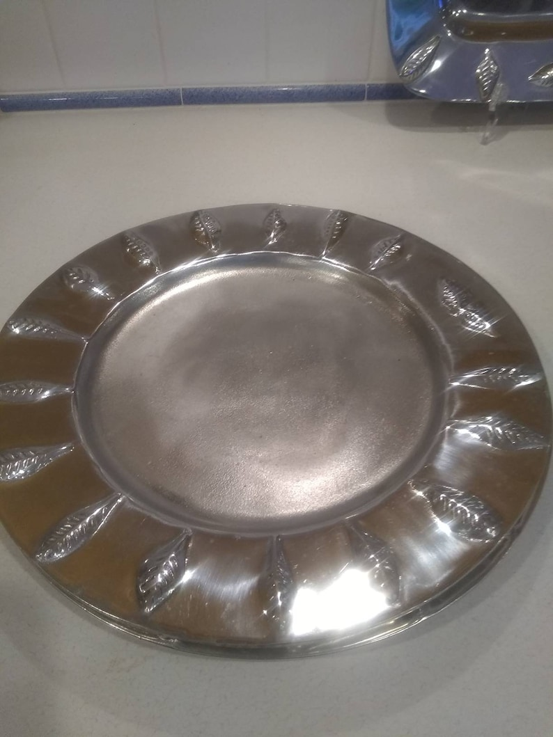 Portmeirion plate charger tray
