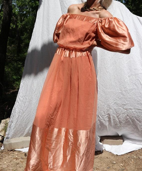 Vintage Off-Shoulder Satin Dress / 70's TALLY NEW